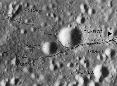 external image normal_Apollo_17_Landing_site_craters_1.JPG